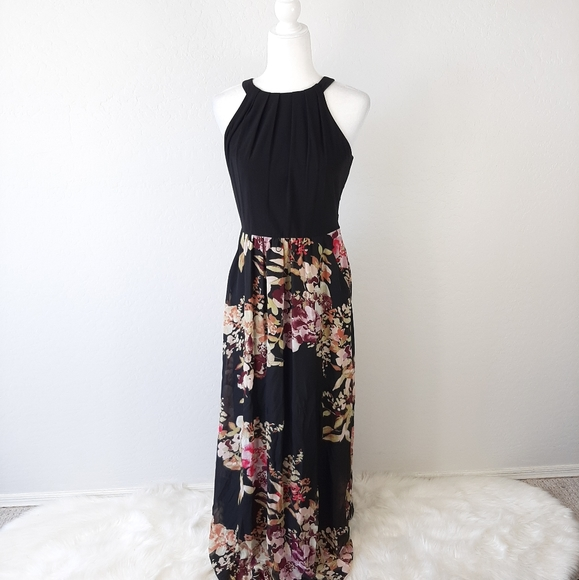 SLNY Dresses & Skirts - SLNY Black Floral Print Sleeveless Maxi Dress 6